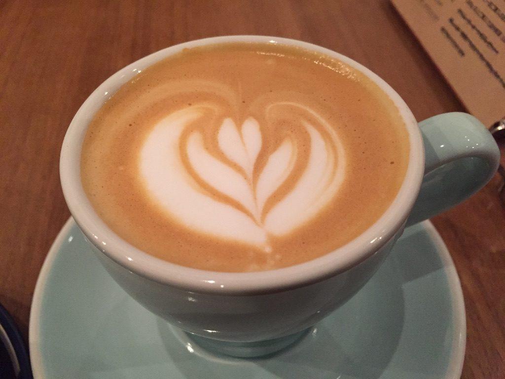ヒロフミフジタコーヒー カフェ・ラテ