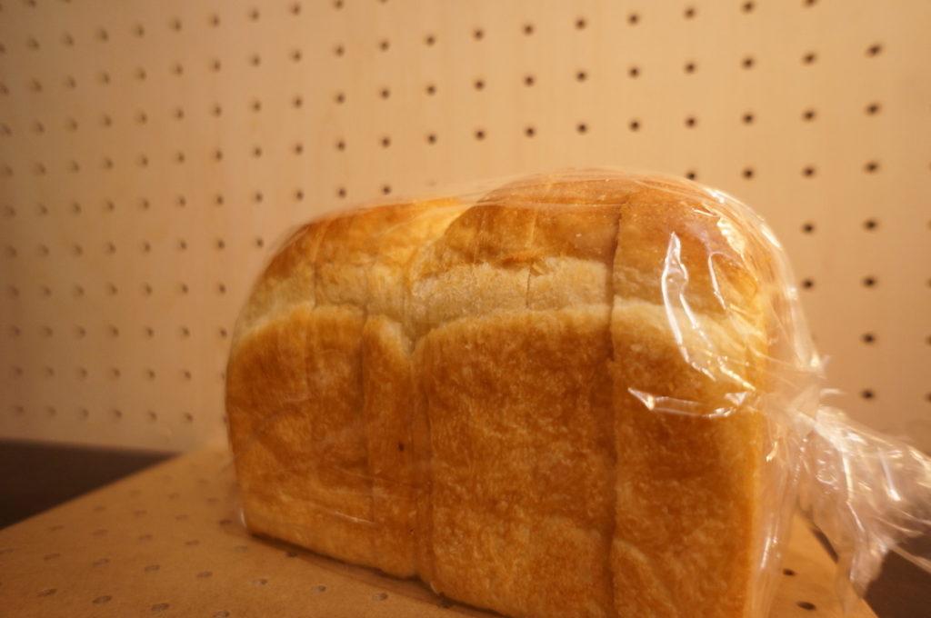パン工房まごころ 天然酵母の食パン