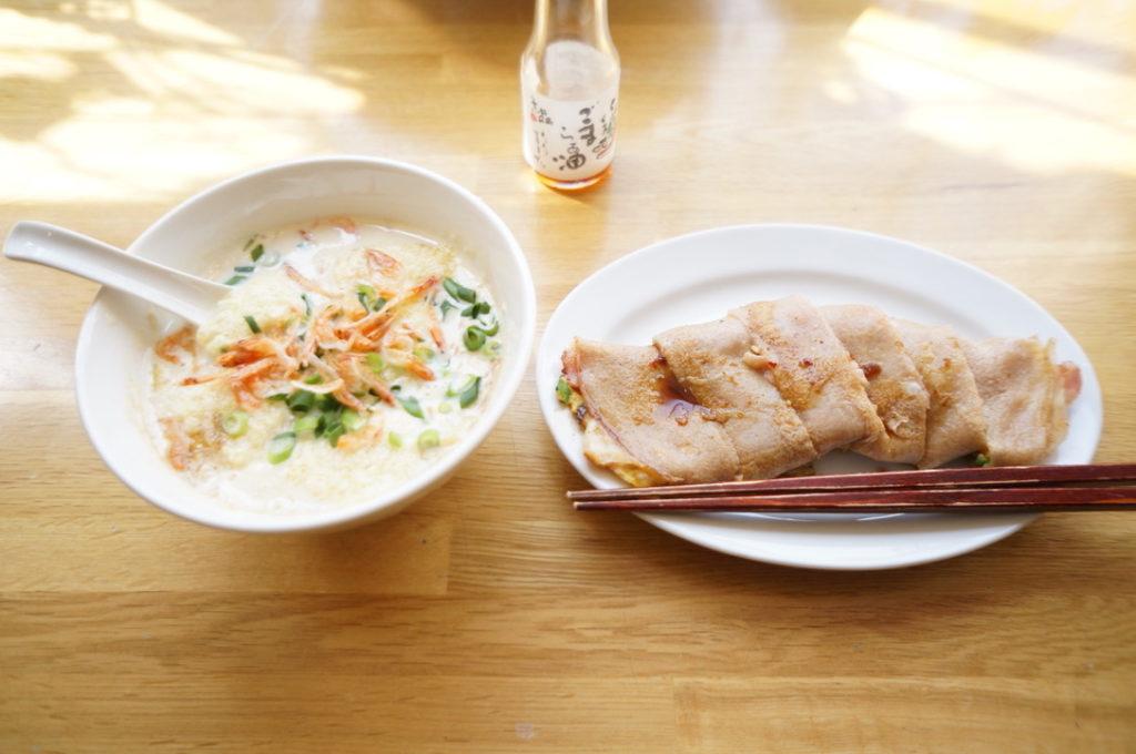 ダイヤメゾン 鹹豆漿(シェントゥジャン)とチーズ蛋餅(ダンピン)のセット