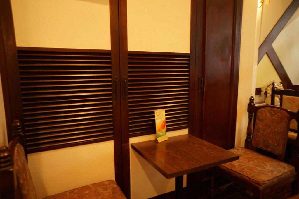 菊水 テーブル席