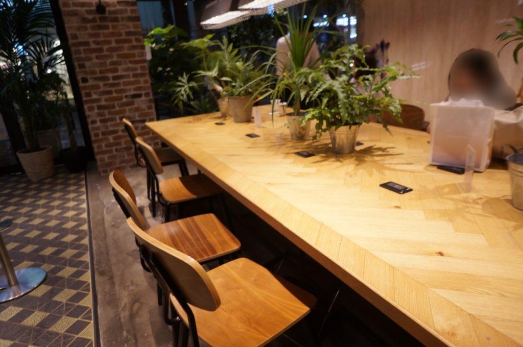 タピチ テーブル席