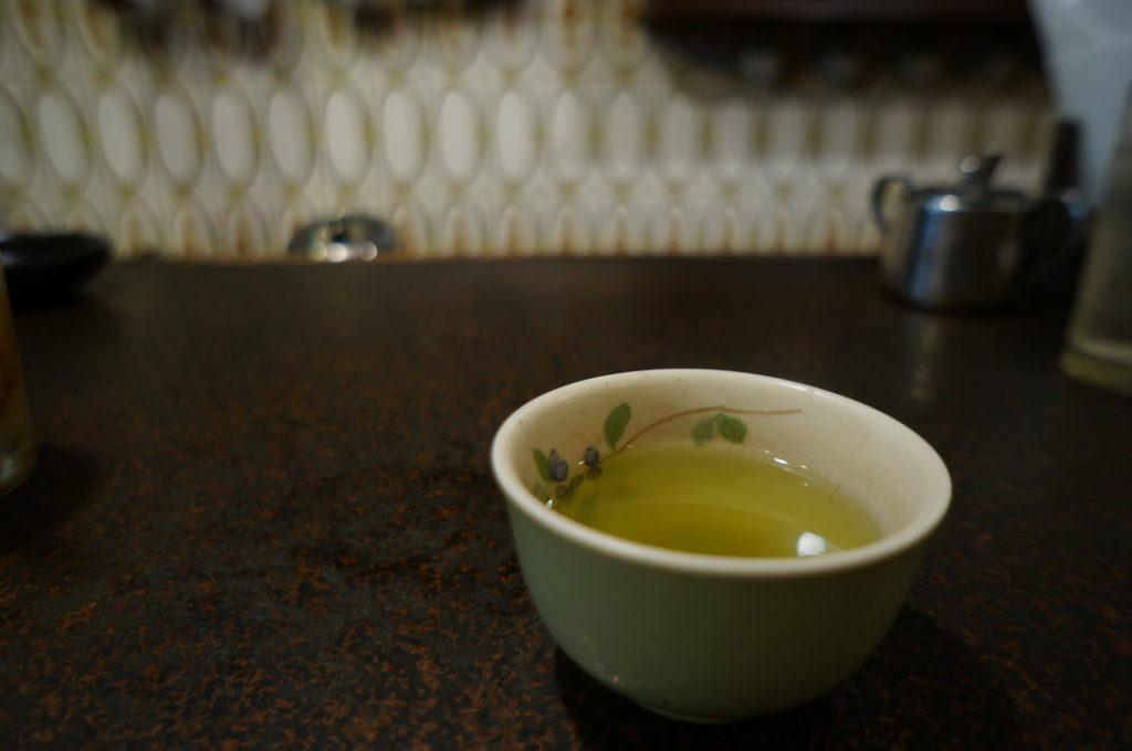 七番館 緑茶