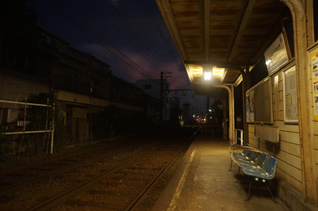 北天下茶屋駅 夜の雰囲気
