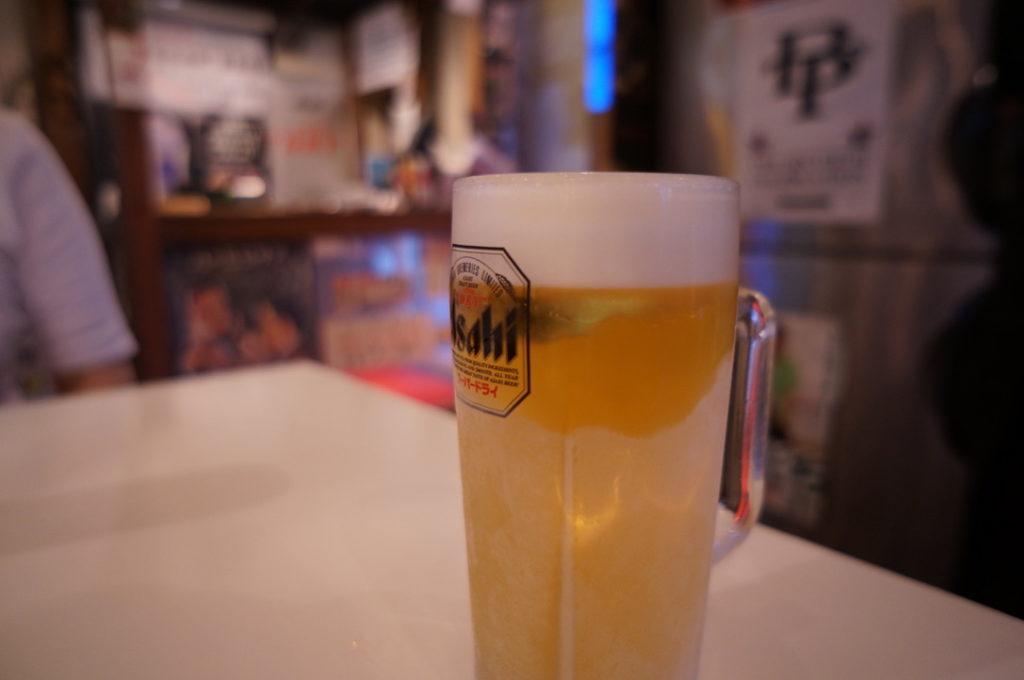 やん 生ビール