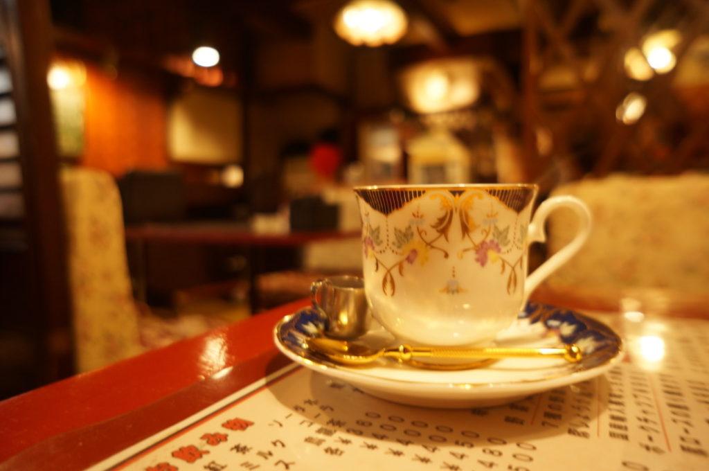 緑 ホットコーヒー
