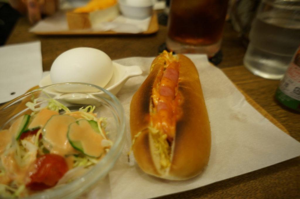 ホーマー ホットドック・サラダ