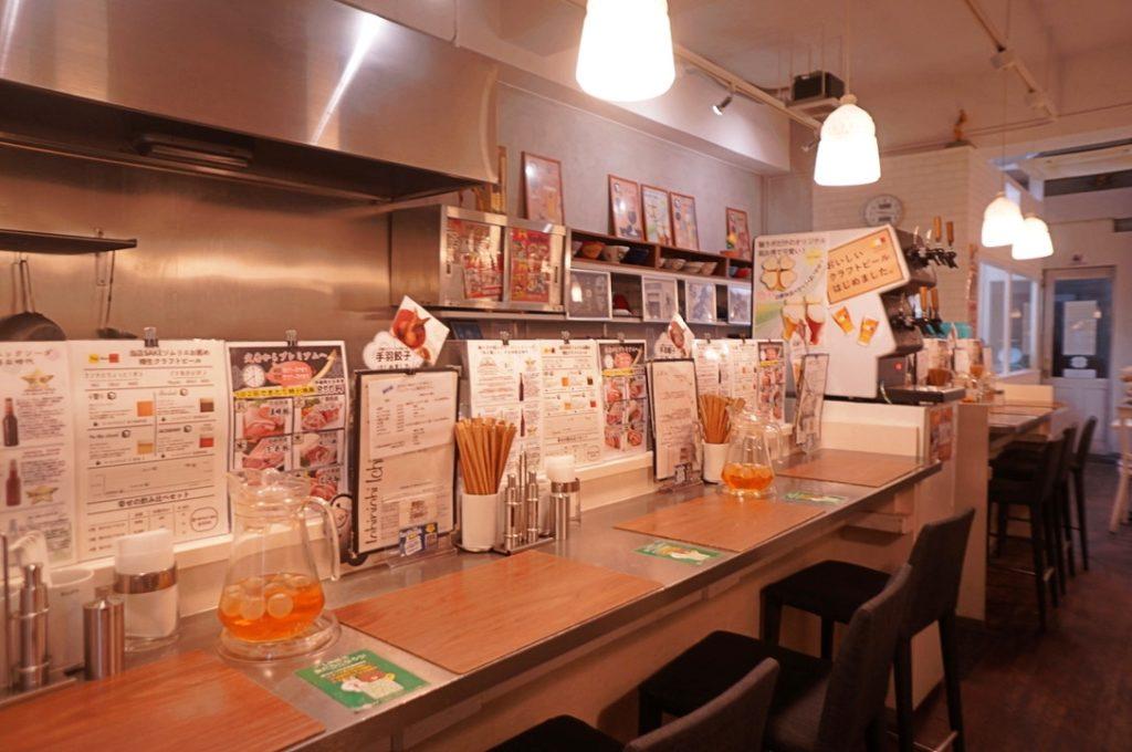 一日一麺LAB+ 店内