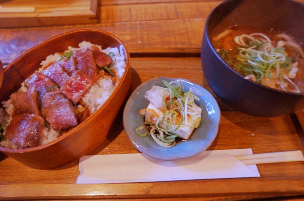 愛宕屋 近江牛ステーキ重定食