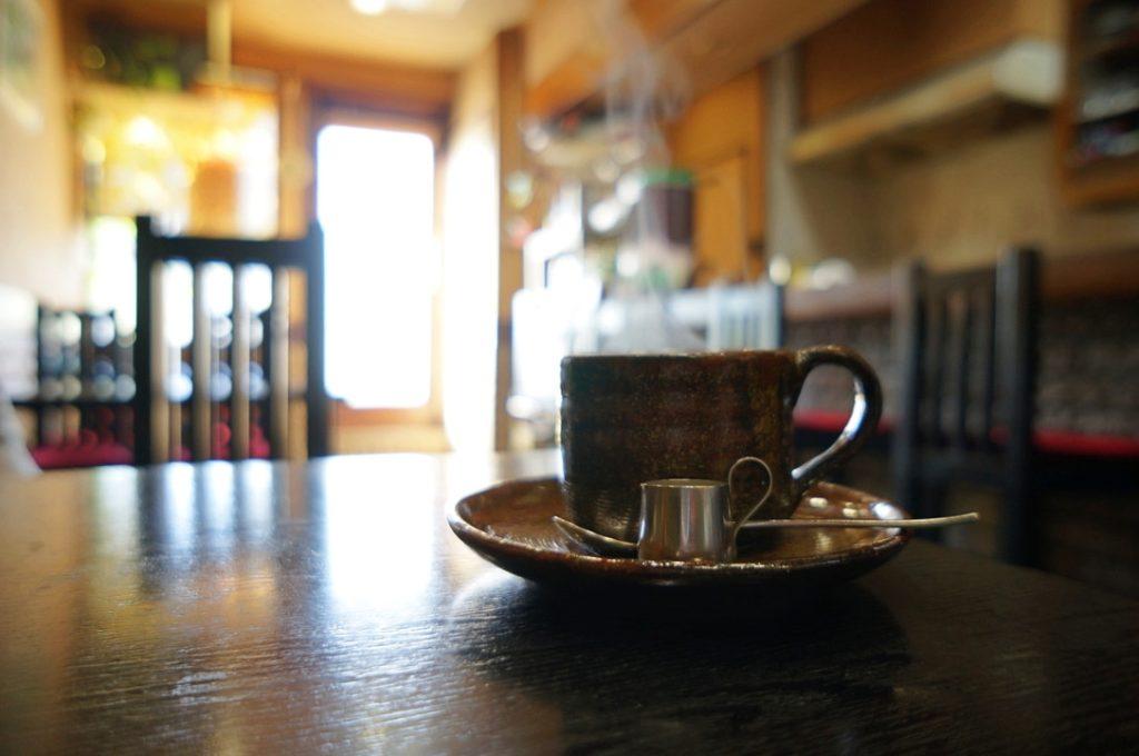 円 ホットコーヒー