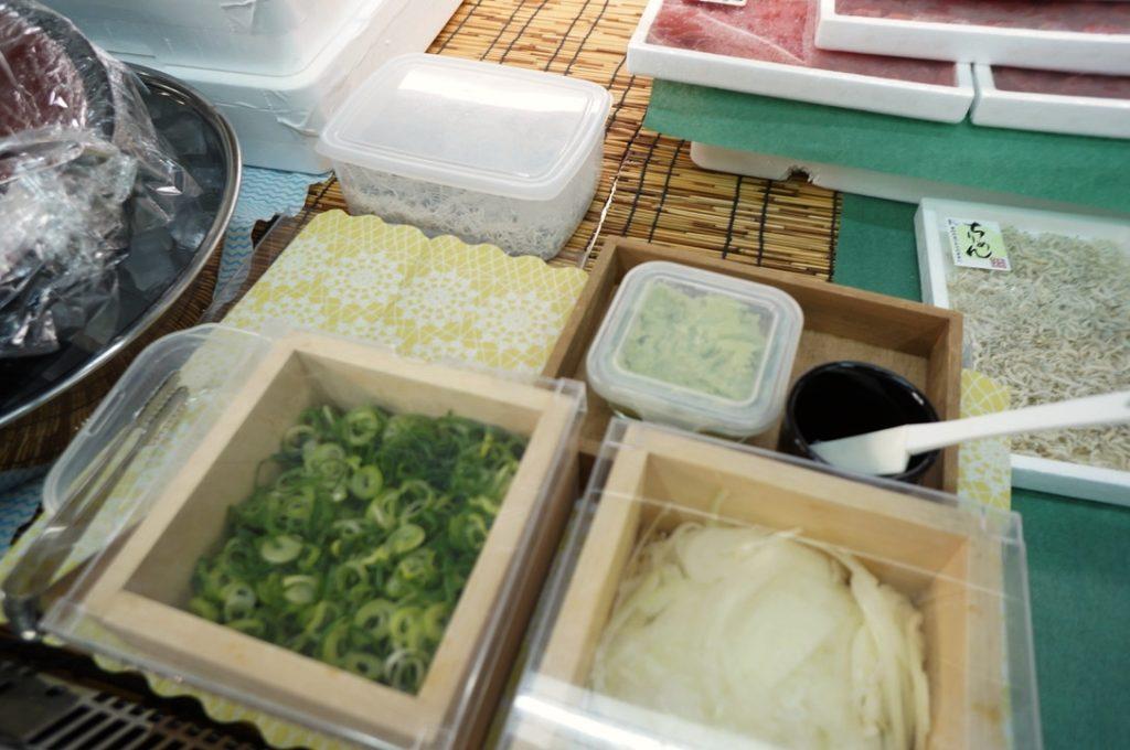 中筋水産 シラスと薬味