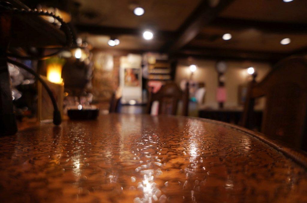 純喫茶ヒロのテーブル