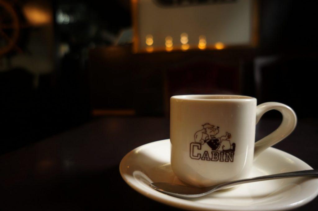 キャビンのホットコーヒー