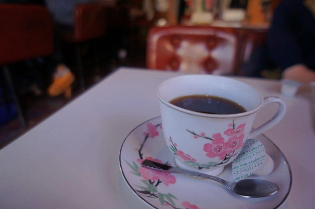 喫茶ヒーロのホットコーヒー