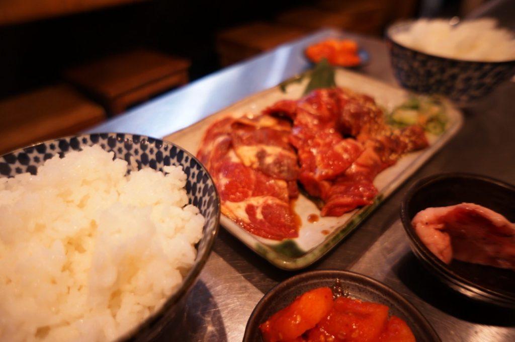 焼肉亀田の晩めしセット