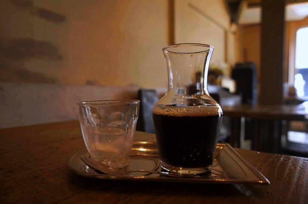 シェ・ドゥーヴルのアイスコーヒー