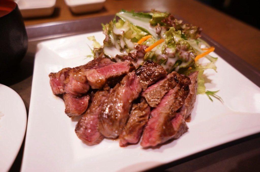 オーマイビーフのステーキ