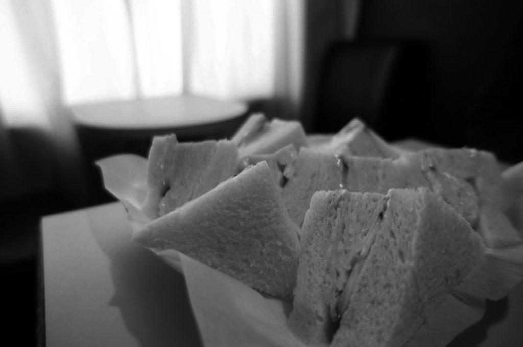 喫茶ラックの玉子サンド