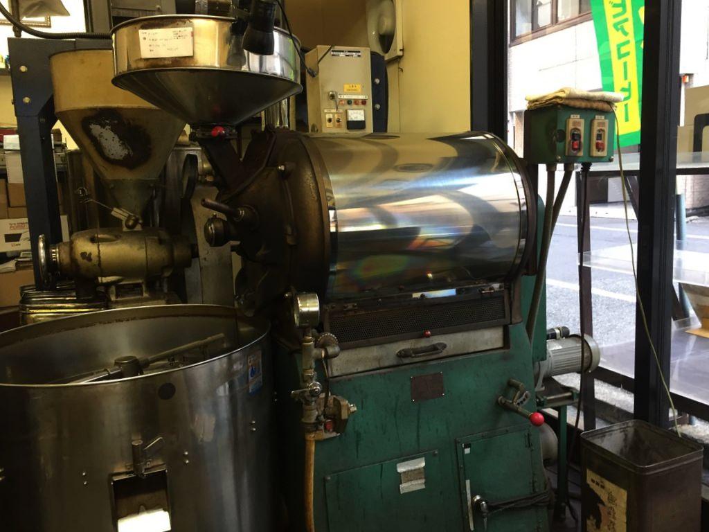 ヤマワキコーヒーの焙煎機