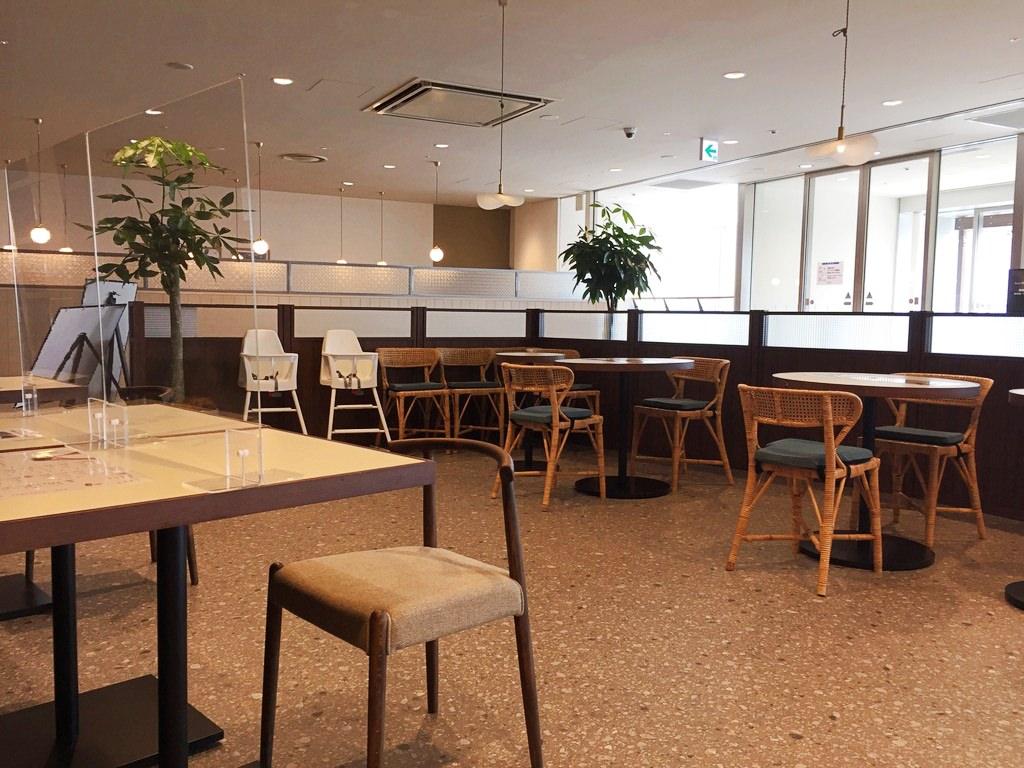 ウーロンマーケットのカフェスペース